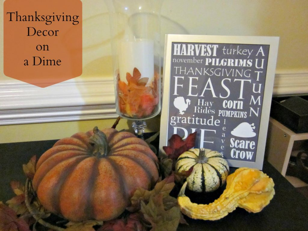 Thanksgiving Decor on a Dime | Free printables for frugal seasonal decorating