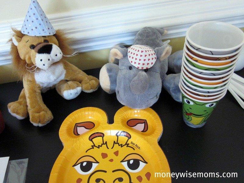 Zoo Animal Birthday Party - Moneywise Moms