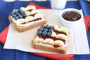 4th of July Toast from Taste and Tell | Quick Projects for the 4th of July | MoneywiseMoms