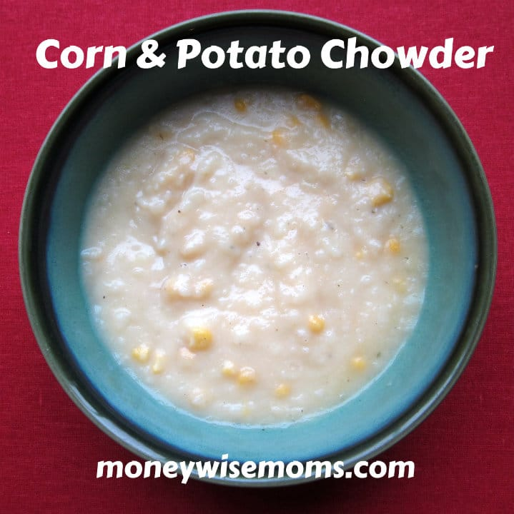 Corn & Potato Chowder | Hearty and soothing #vegetarian soup #recipe | MoneywiseMoms