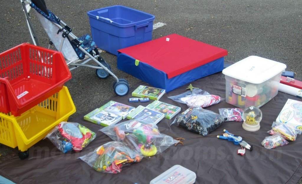 Make Money with a Yard Sale | MoneywiseMoms