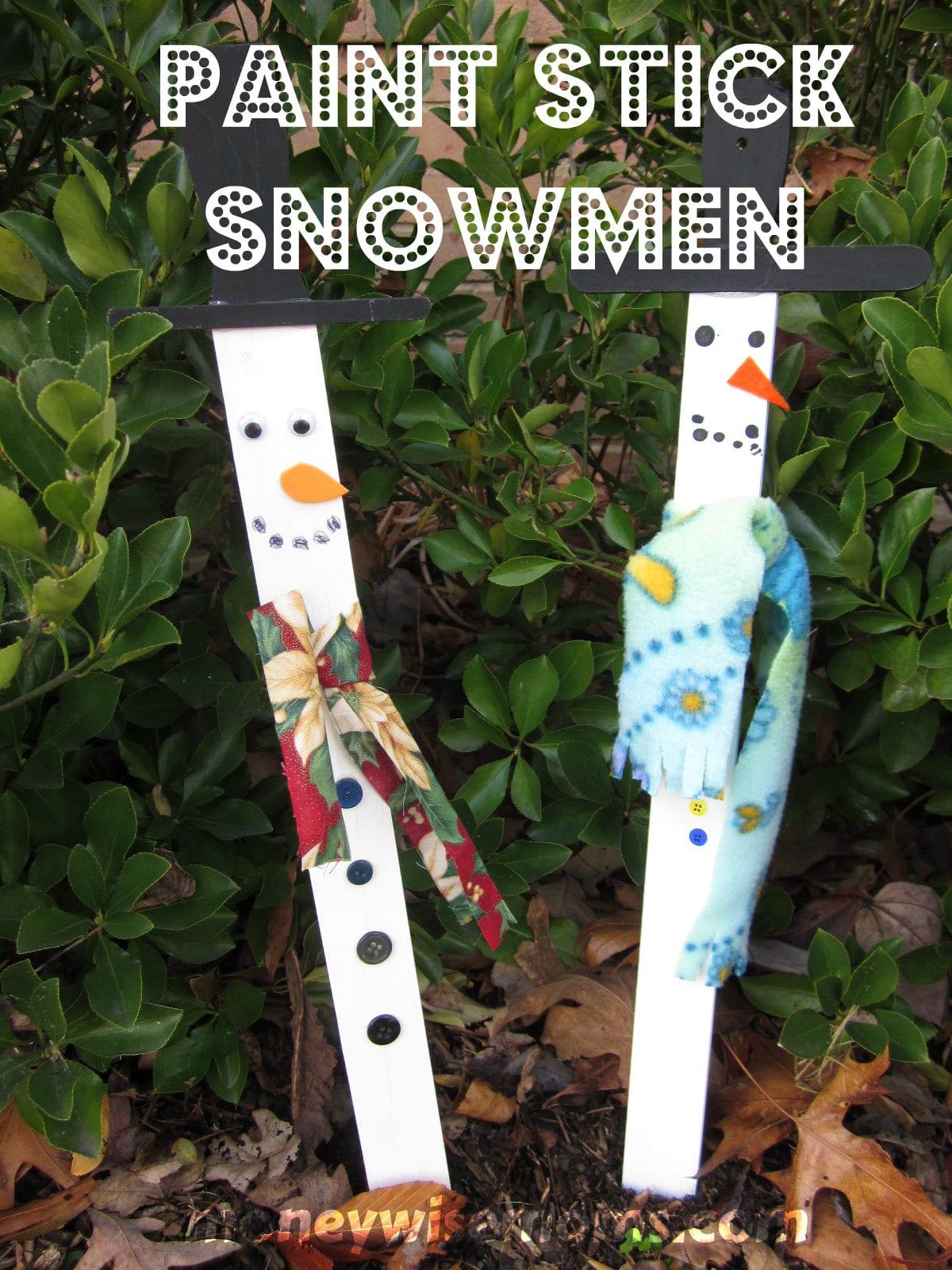 Paint Stick Snowmen via @MoneywiseMoms