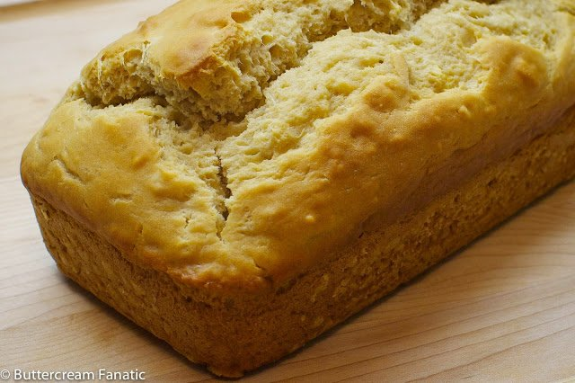 No Knead Beer Bread from Buttercream Fanatic