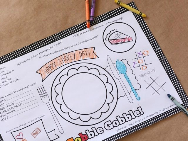 Simple Thanksgiving Activities | Printable Turkey Day Placemat via @mysissuitcase