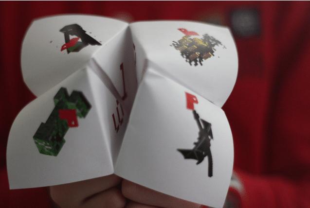 Printable Minecraft Storyteller from Julian & Co | Minecraft Valentines Roundup at MoneywiseMoms