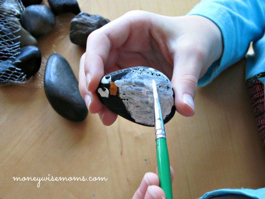 Penguin Painted Rocks | Dollar Tree #ValueSeekersClub #spon | MoneywiseMoms