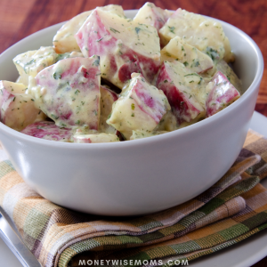 Need a super easy recipe for your next barbeque or potluck? How about this 5-Ingredient Red Potato Salad!