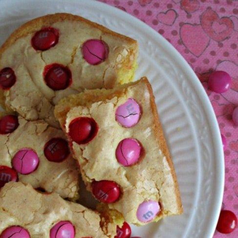 Super Easy Cake Bars for Valentines Day