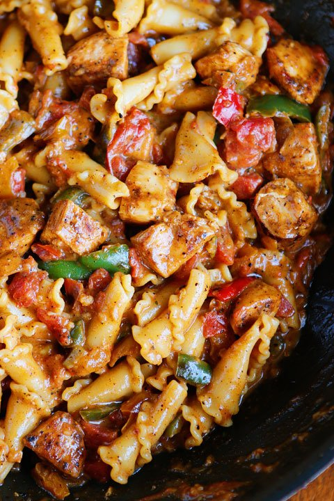 Chicken Fajita Pasta from Kevin and Amanda | Easy Pasta Dinners