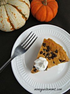 Pumpkin Chocolate Chip Cheesecake | easy recipe with fabulous flavors - impress your guests this Thanksgiving!