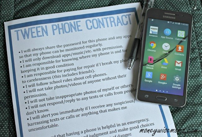 Tween Phone Contract | #TheGiftofData Walmart Family Mobile