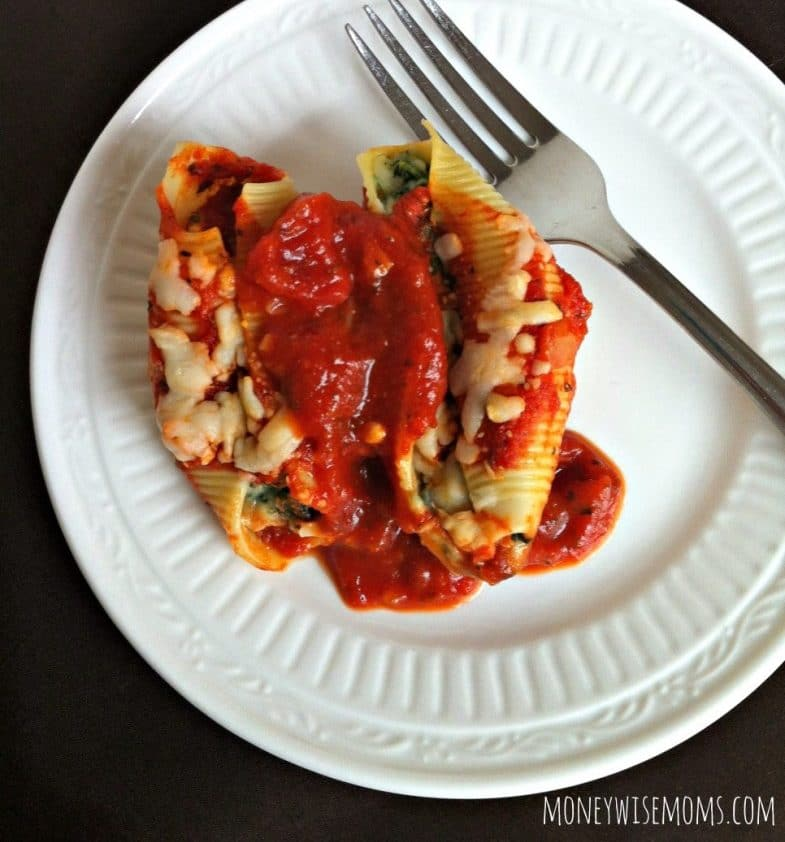Spinach Stuffed Shells - easy vegetarian freezer meal