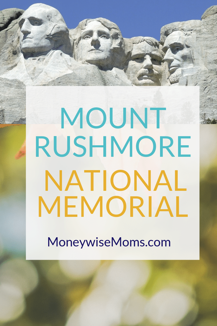Visit Mount Rushmore - family travel