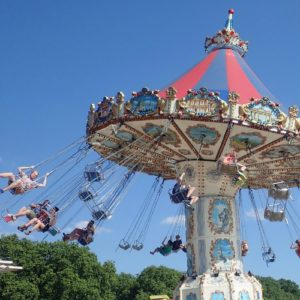 Save Big Money with Discounted Theme Park Tickets - family travel