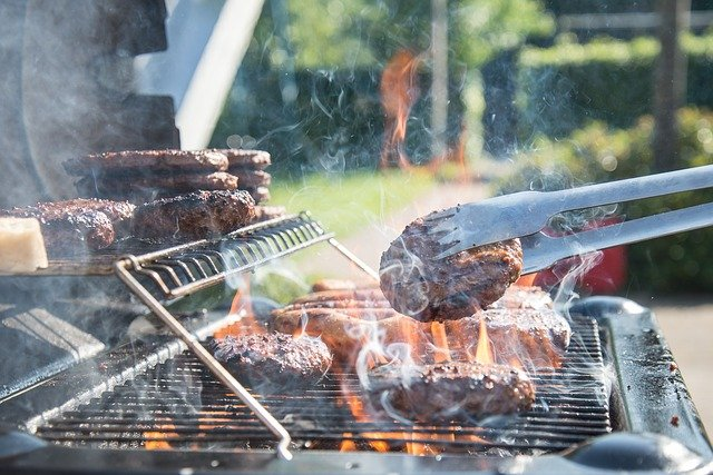 How to throw a Summer BBQ on a budget