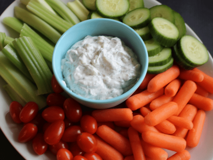 Homemade Ranch Dip With Greek Yogurt