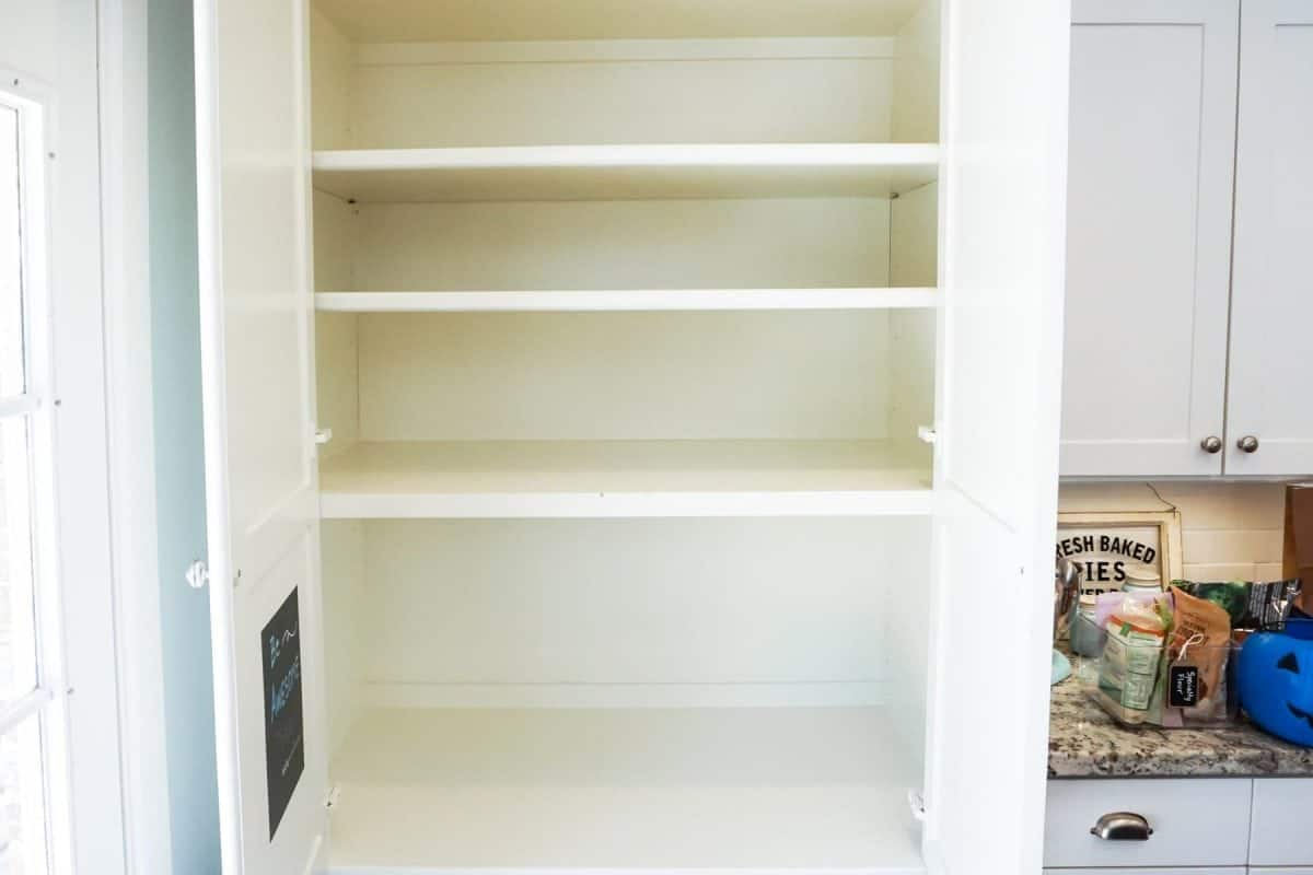 Pantry Organization from One Happy Housewife