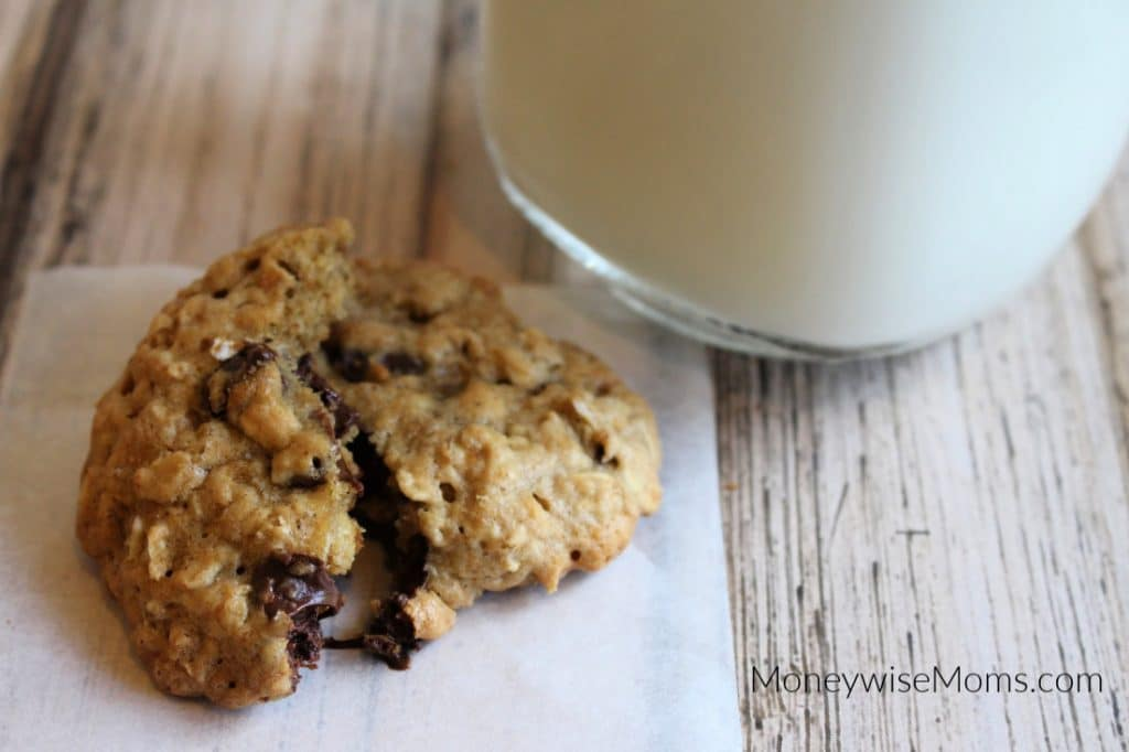 Hot chocolate chip oatmeal cookie with milk