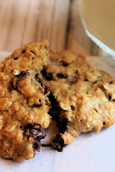 Family Favorite Chocolate Chip Oatmeal Cookies