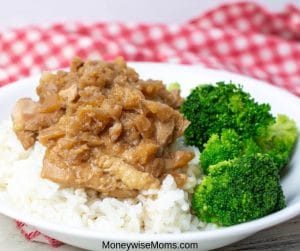 Easy dinner recipes are a great asset when you have busy kids or a tough work schedule. This easy Crockpot pineapple chicken is family friendly, simple to make, and preps well if you need to make it in advance. This is one slow cooker dinner recipe that you will want to have on hand year round!