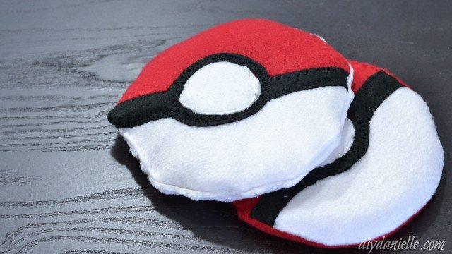Pokeball Sewing Boo Boo Bag from DIY Danielle