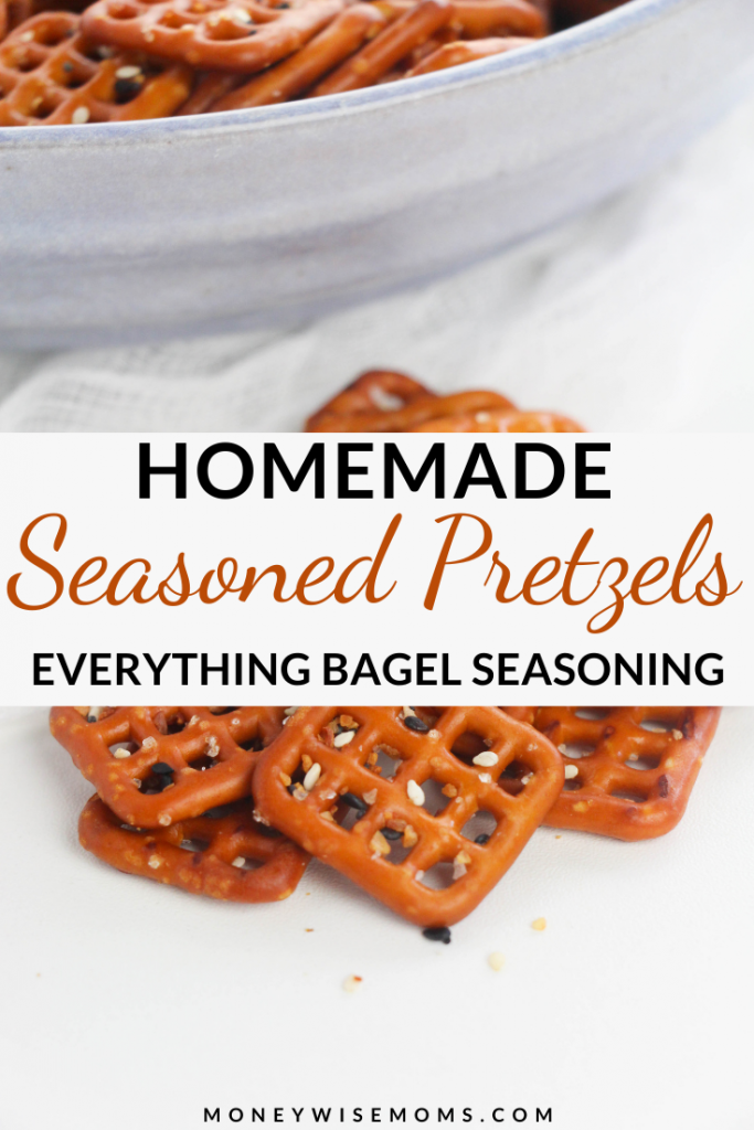 Pin showing the finished everything bagel seasoning pretzels ready to eat.