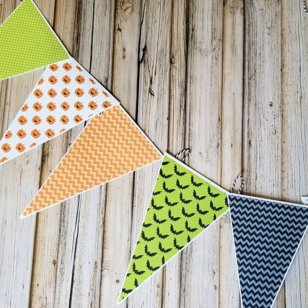 Paper triangles in Halloween colors