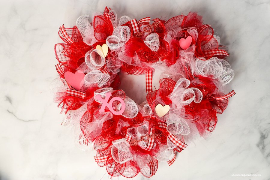 A view of the heart shaped wreath ready to display.