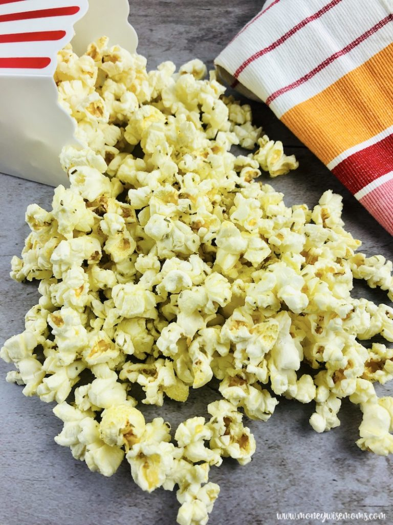 Another look at the finished popcorn ready to eat.