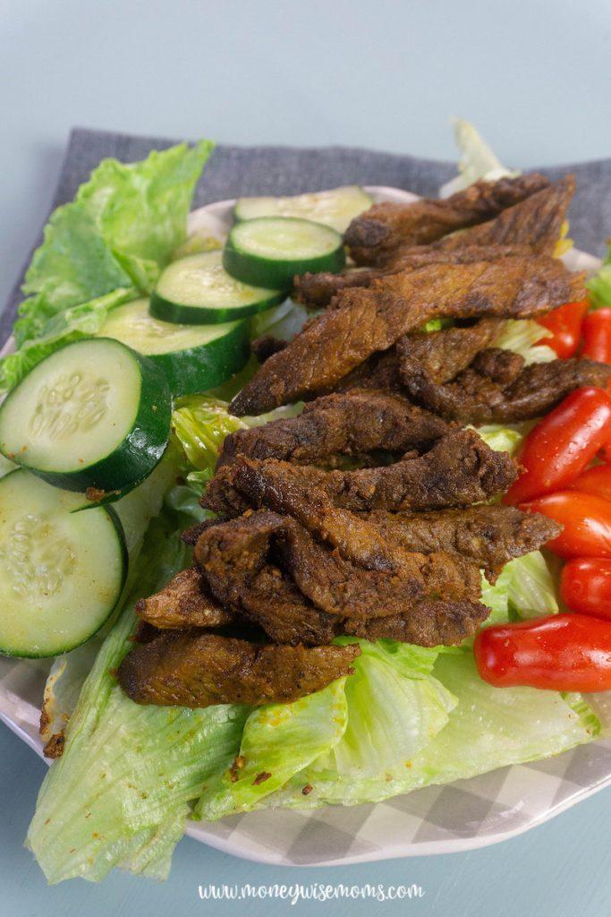A shawarma salad ready to eat.
